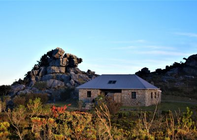 Mutli-day trails - Table-Mountain-Trail-Overseers-Cottage